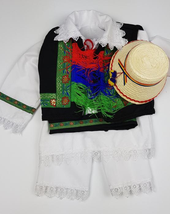 Costum Traditional Baietei Catalin 4