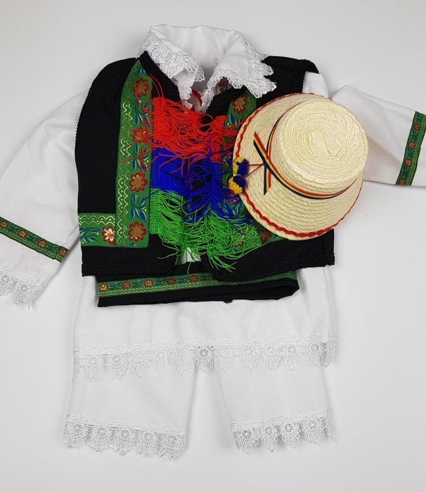 Costum Traditional Baietei Catalin 3