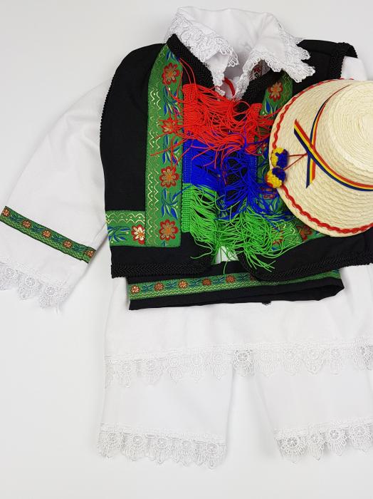 Costum Traditional Baietei Catalin 2