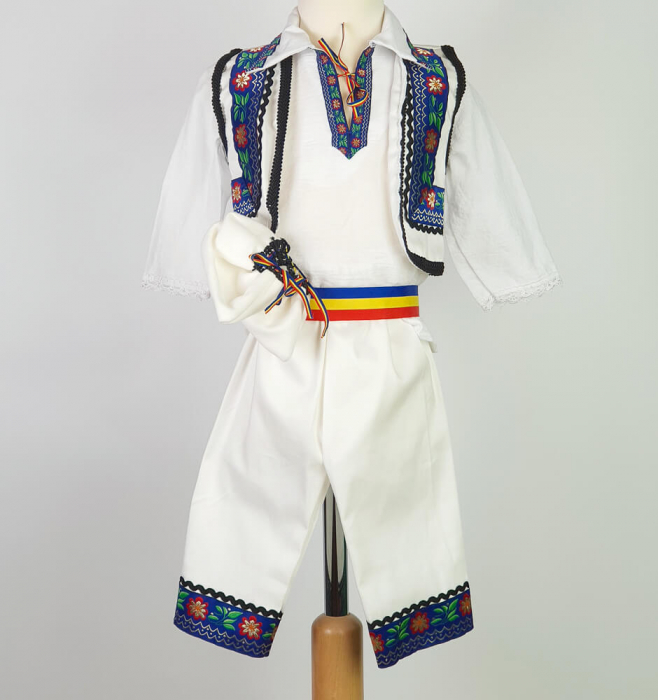 Costum Traditional Baietei Marius [0]