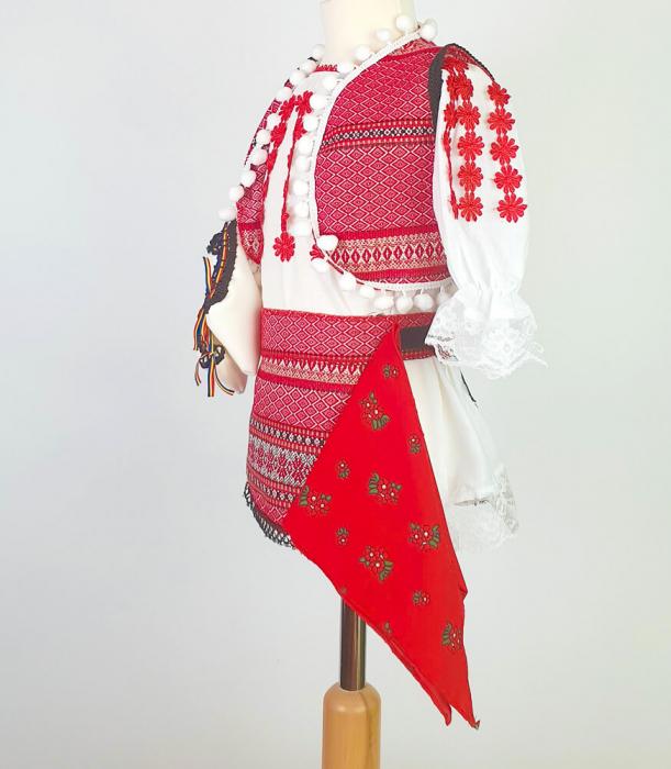 Costum Traditional Fetite Catalina 4 [2]
