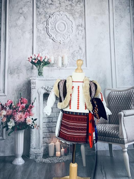 Costum Traditional Fetite Marita [0]