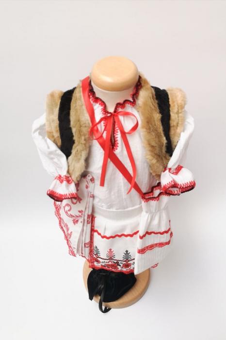 Costum Traditional Fetite Marita 3 [1]