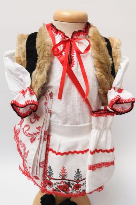 Costum Traditional Fetite Marita 3 [3]