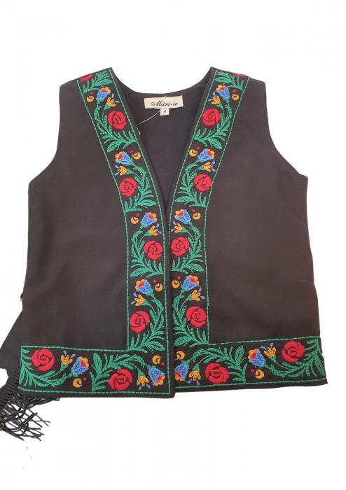 Costum traditional fetite Mira 12