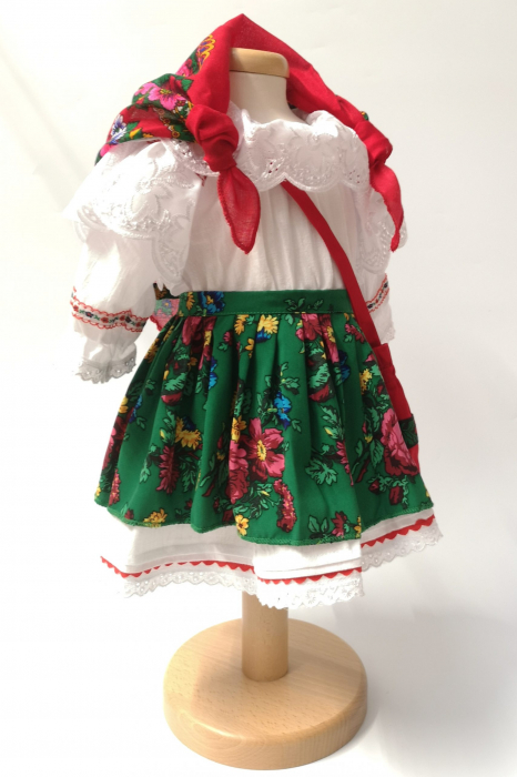 Costum Traditional Fetite Verde – 4 piese (1-6 ani ) 1