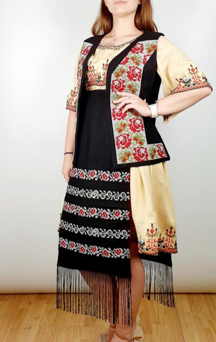 Costum traditional - Margo 4 [1]