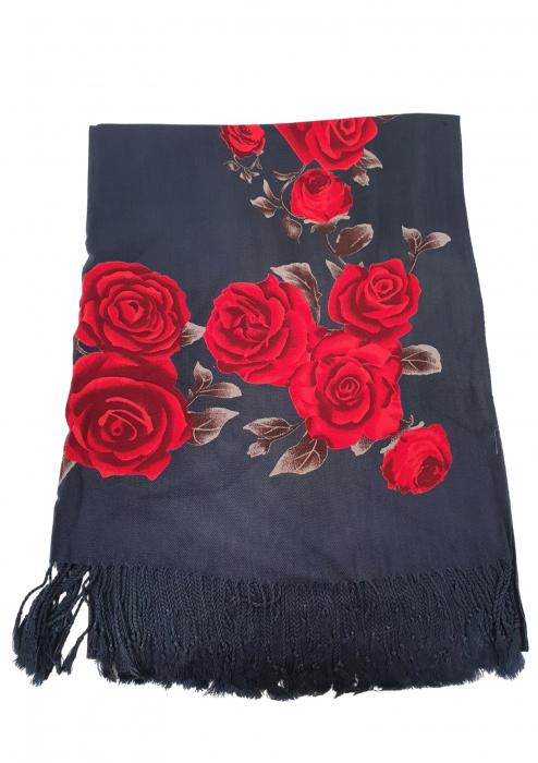 Esarfa etno mare negru Trandafir 2 [1]