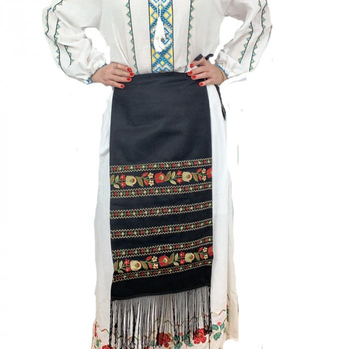 Fota traditionala Suzana 1