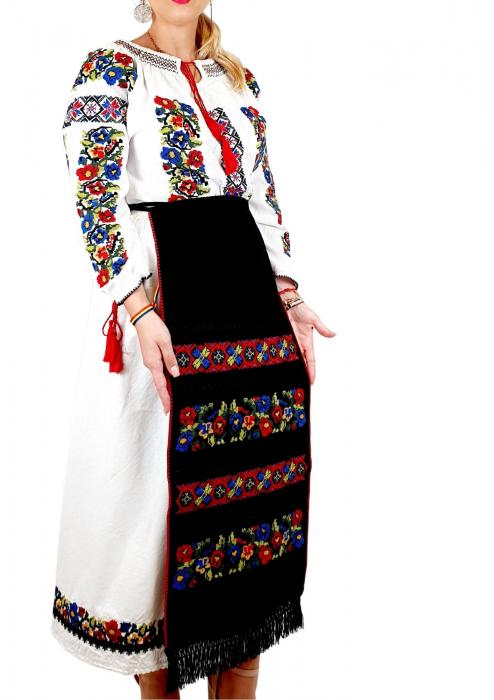 Costum Popular  6 - 4 piese - tip tesuta la razboi [2]