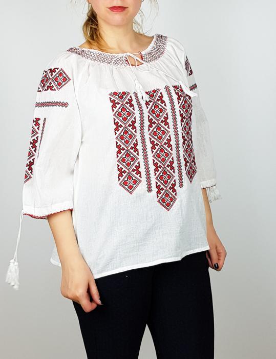 Ie traditionala romaneasca Dany [0]