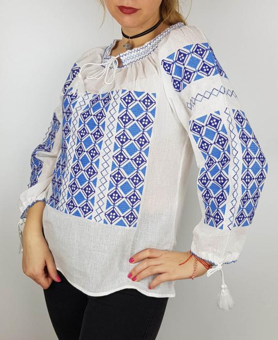 Ie Traditionala Georgia [0]