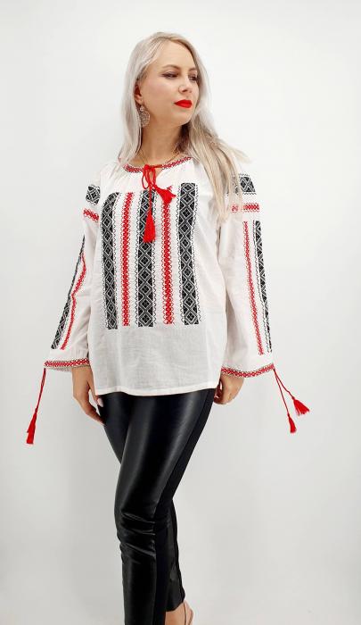 Ie Traditionala Lacramioara [1]