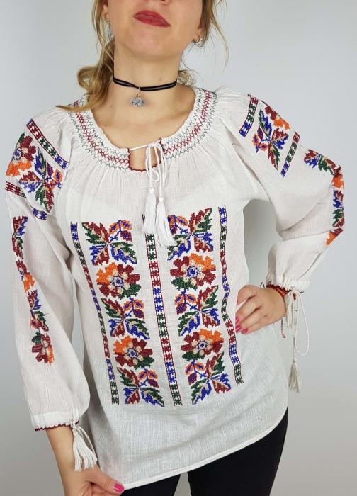 Ie Traditionala Leontina [1]
