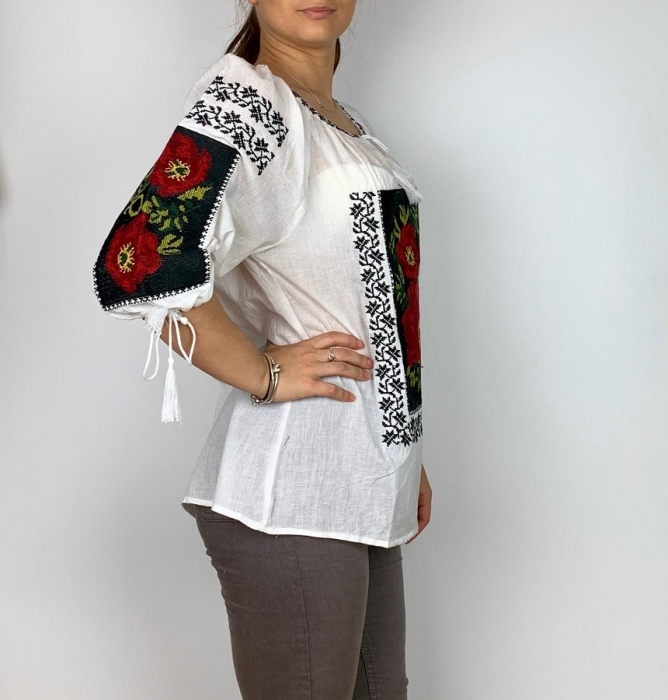 Ie Traditionala Mandruta [1]