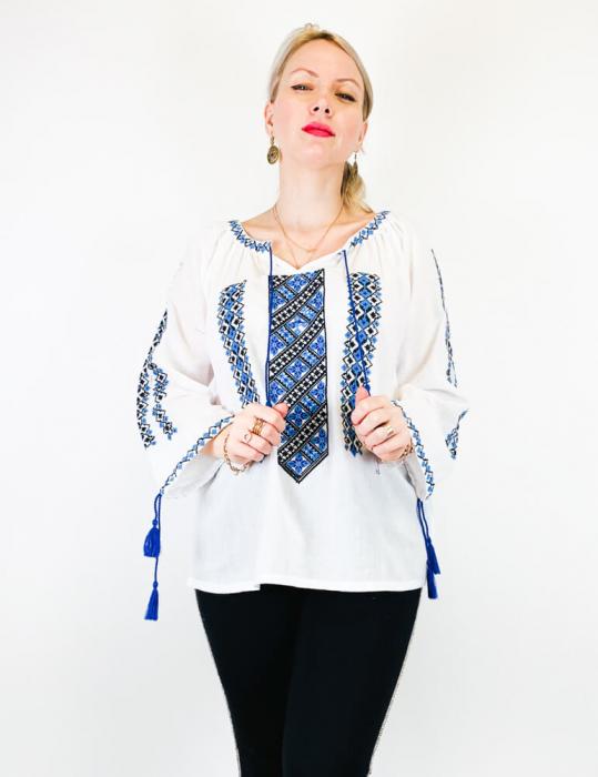 Ie Traditionala Marilena [2]