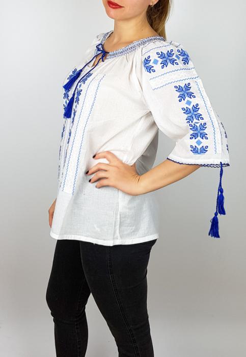 Ie Traditionala Natalia [1]