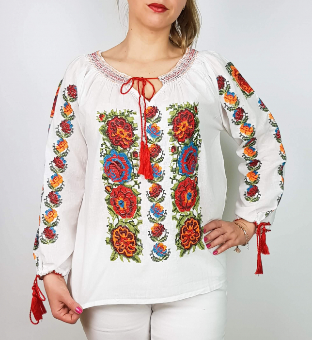 Ie Traditionala Rosalinda [2]