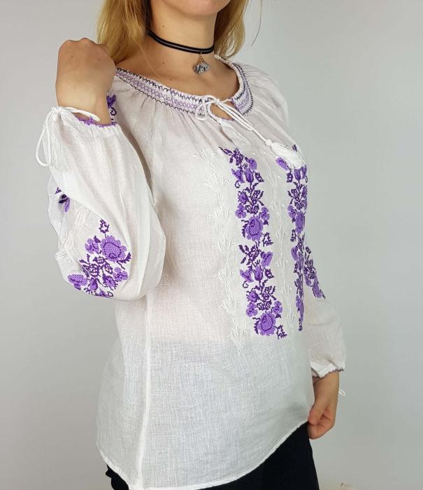 Ie Traditionala Sonia [2]
