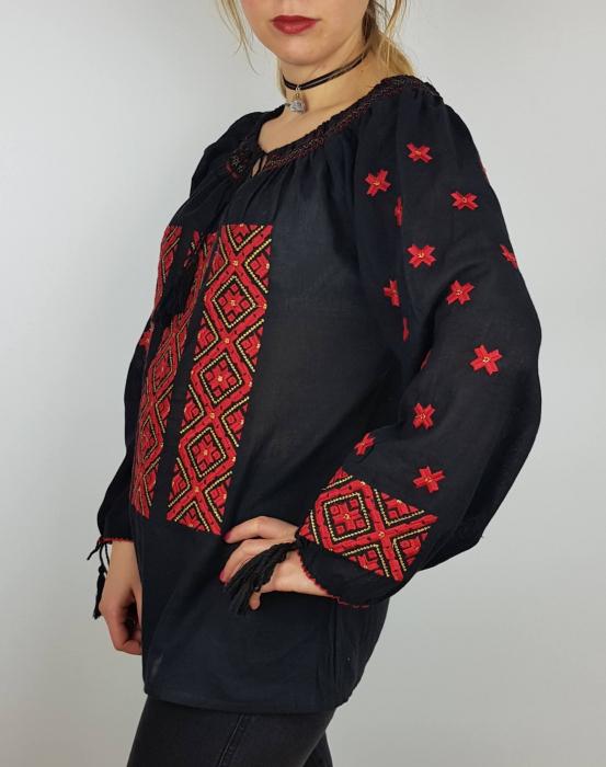 Ie Traditionala Varvara 2