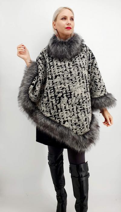 Poncho din lana cu blanita Sanda 9 [0]