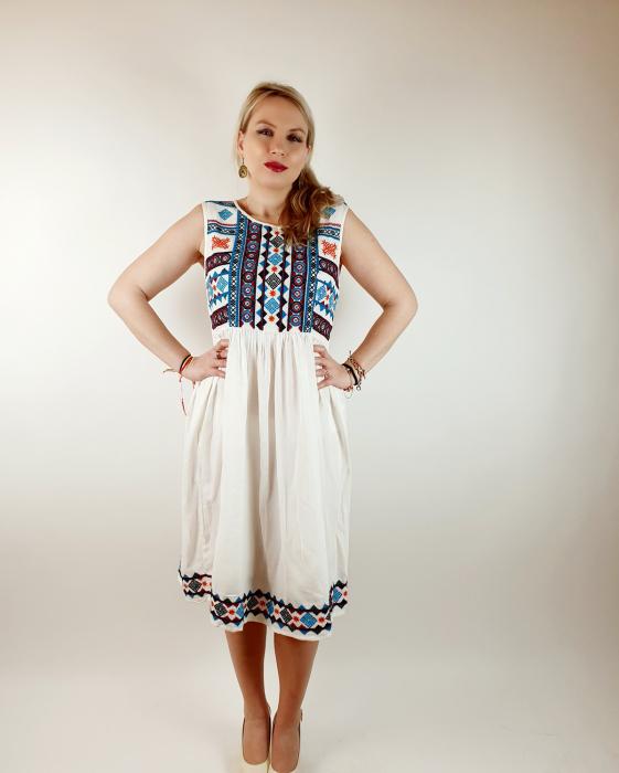 Rochie stilizata traditional Amalia 3