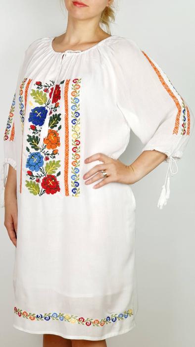 Rochie traditionala Cezara [1]