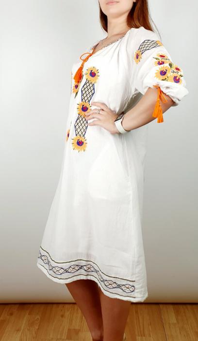 Rochie Traditionala Brodata Floarea Soarelui [1]