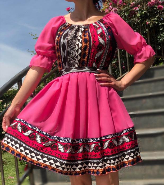 Rochie roz cu motive traditionala - Adeline 3 [1]