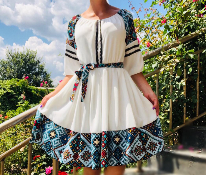 Rochie Traditionala Antonia [0]