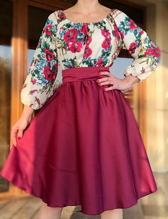 Rochie stilizata cu motive traditionale cu bujori 14 [1]