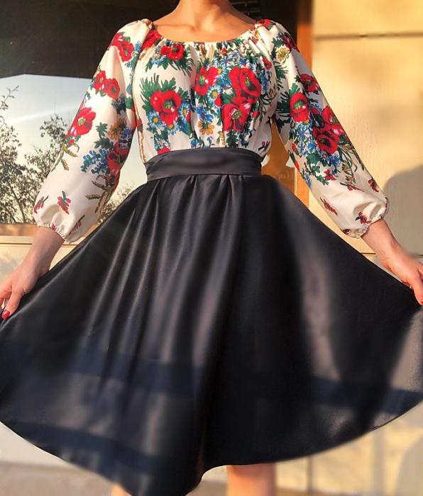 Rochie stilizata cu motive traditionale cu bujori 16 [0]