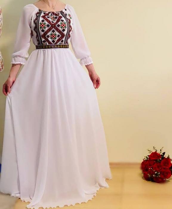 Rochie stilizata cu motive traditionale lunga Magduta [1]