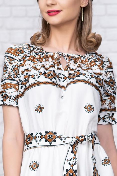 Rochie stilizata cu motive traditionale Madlen 3