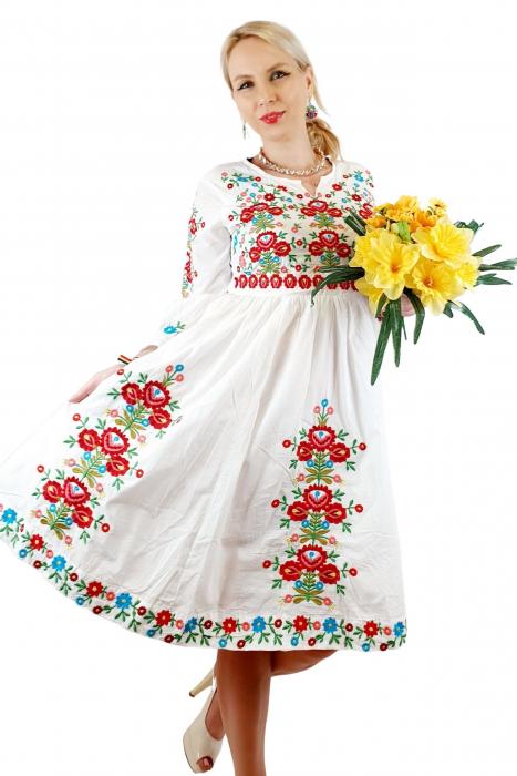 Rochie traditionala Anabela 12 3