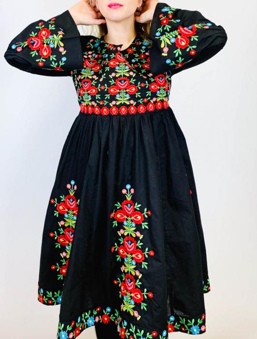 Rochie Traditionala Anabela 4 [3]