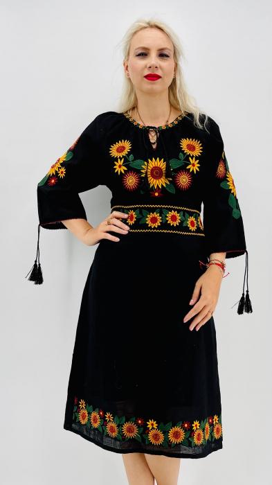 Rochie Traditionala Priscilla 2 [3]