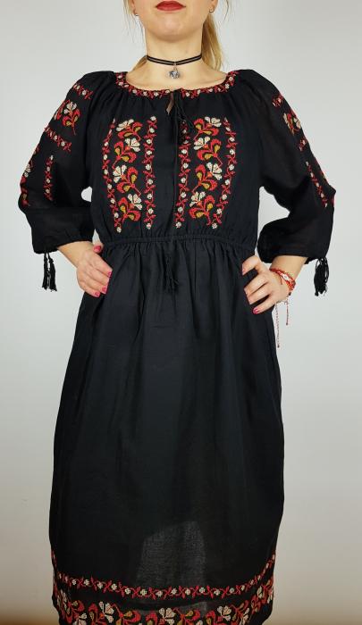 Rochie traditionala Tiberia [1]