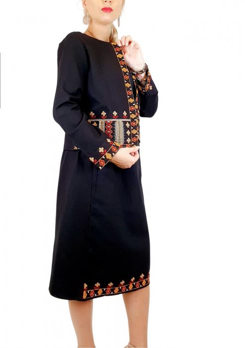 Sacou Traditional Xenia [1]