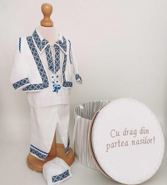 Set Botez Traditional Raul 28 – 2 piese / costumas traditional si cufar brodat botez [0]