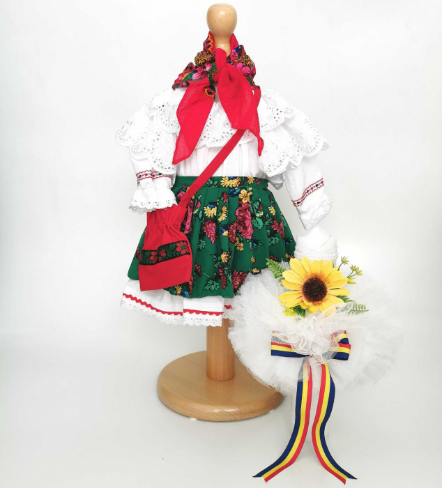Set Botez Traditional – Costum Traditional Fetite Floral 2 - 2 piese / costumas si lumanare [0]