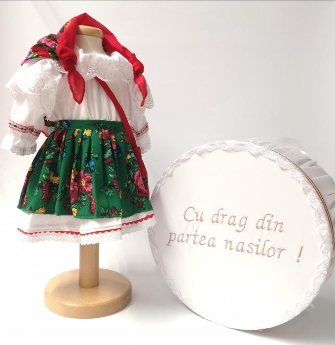 Set Botez Traditional – Costum Traditional Fetite Verde- 2 piese / costumas si cutie botez [0]
