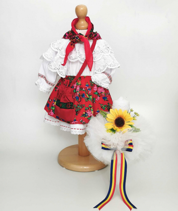 Set Botez Traditional – Costum Traditional Fetite Floral - 2 piese / costumas si lumanare [0]