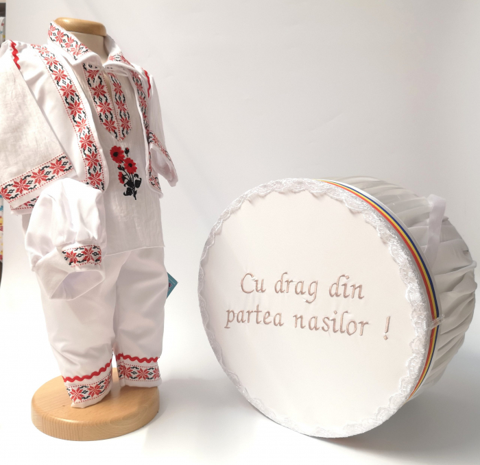 Set Costum National pentru baieti Raul 5: costumas si cutie Botez Traditional [0]