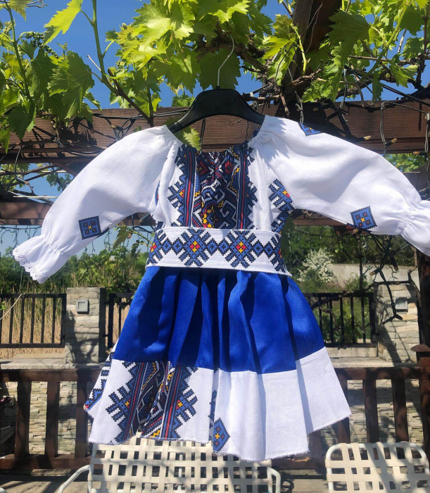 Set rochii stilizate traditional - Mama si Fiica - model 10 1