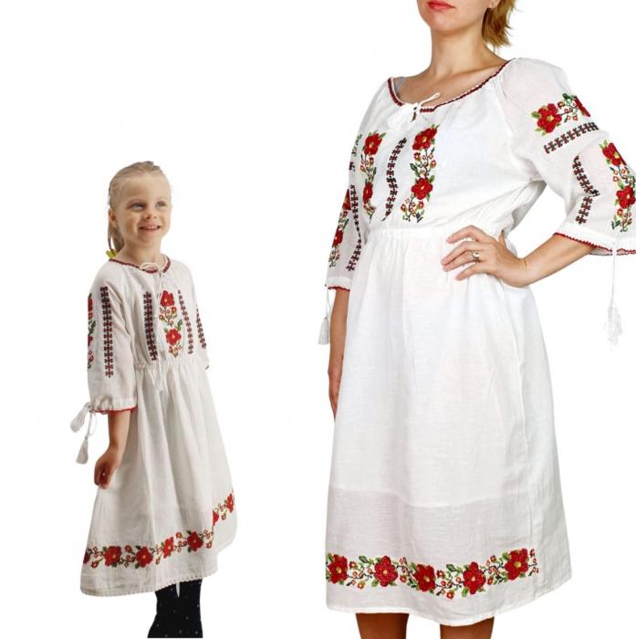 Set rochii traditionale Mama – Fiica – Adeline 0