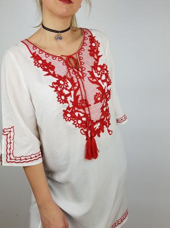 Bluza cu broderie Vali3