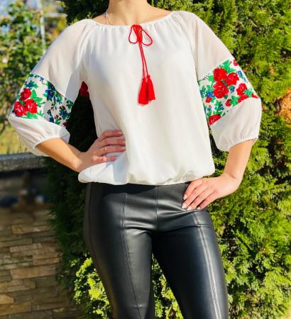 Bluza stilizata cu motive traditionale Margareta 2 [1]