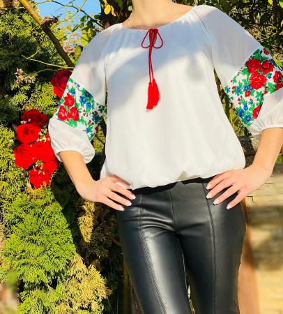 Bluza stilizata cu motive traditionale Margareta 2 [0]