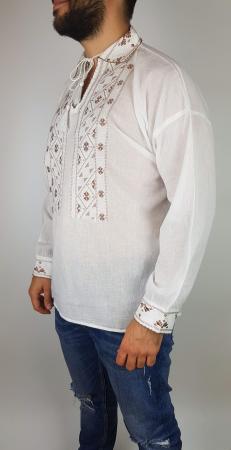 Camasa traditionala Călin1